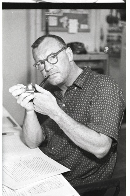 c. wright mills essay on intellectual craftsmanship C wright mills essay american scholar charles w mills (1916–1962) was one of the most influential sociologists of the twentieth century although he died at the early age of forty-six, he left a body of work that has not been equaled for its breadth of analysis and intellectual honesty.