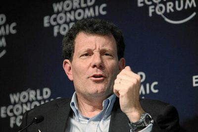 Nick Kristof speaking at Davos in 2010. / Photo by Monika Flueckiger